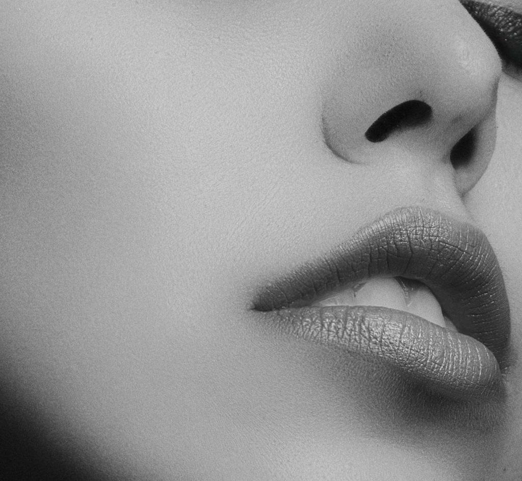 Natural Hydrating Lip Treatment